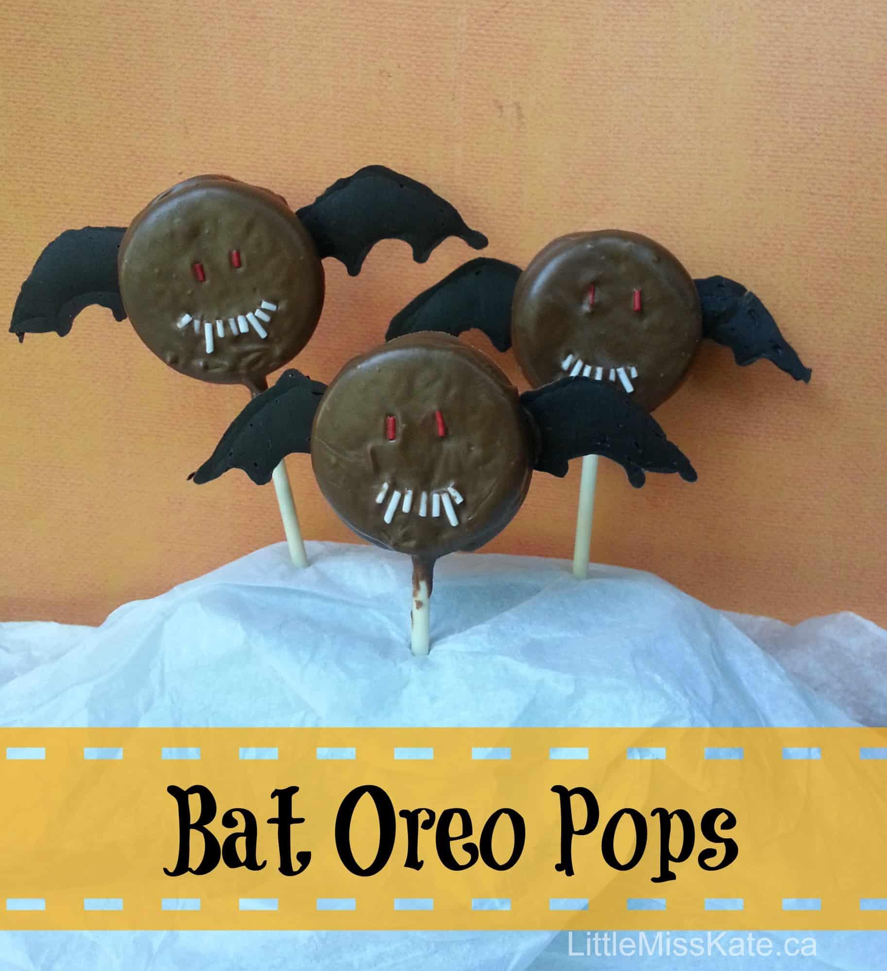 Halloween Treats: Bat Oreo Pops {Recipe}