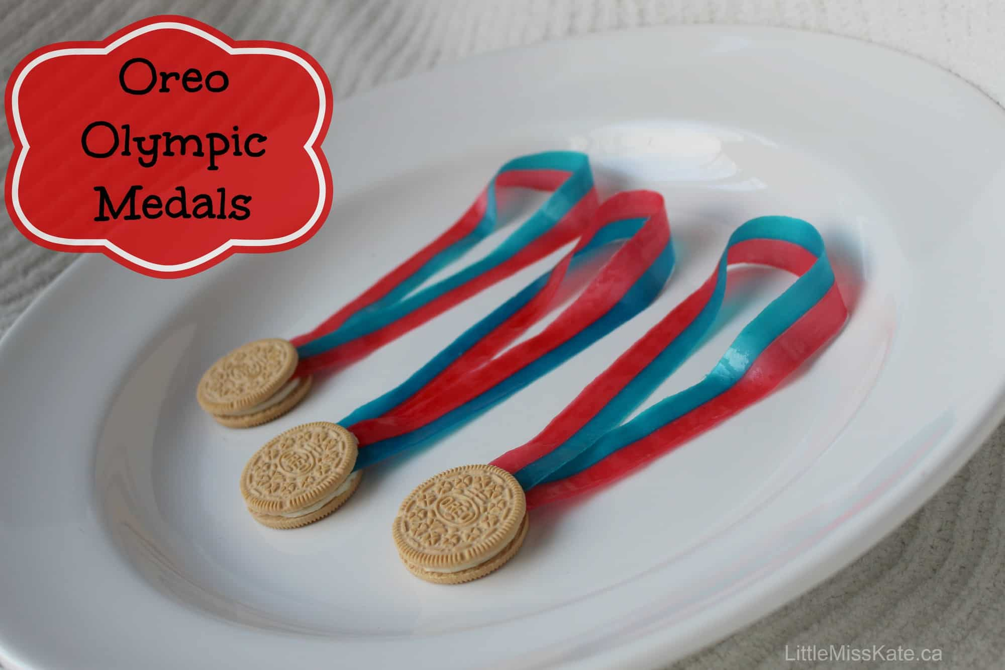 Olympic Crafts For Kids – Edible Oreo Olympic Medals