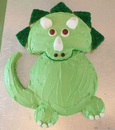 DIY Dinosaur Cake Ideas: Easy Triceratops Dinosaur Birthday Cake Recipe