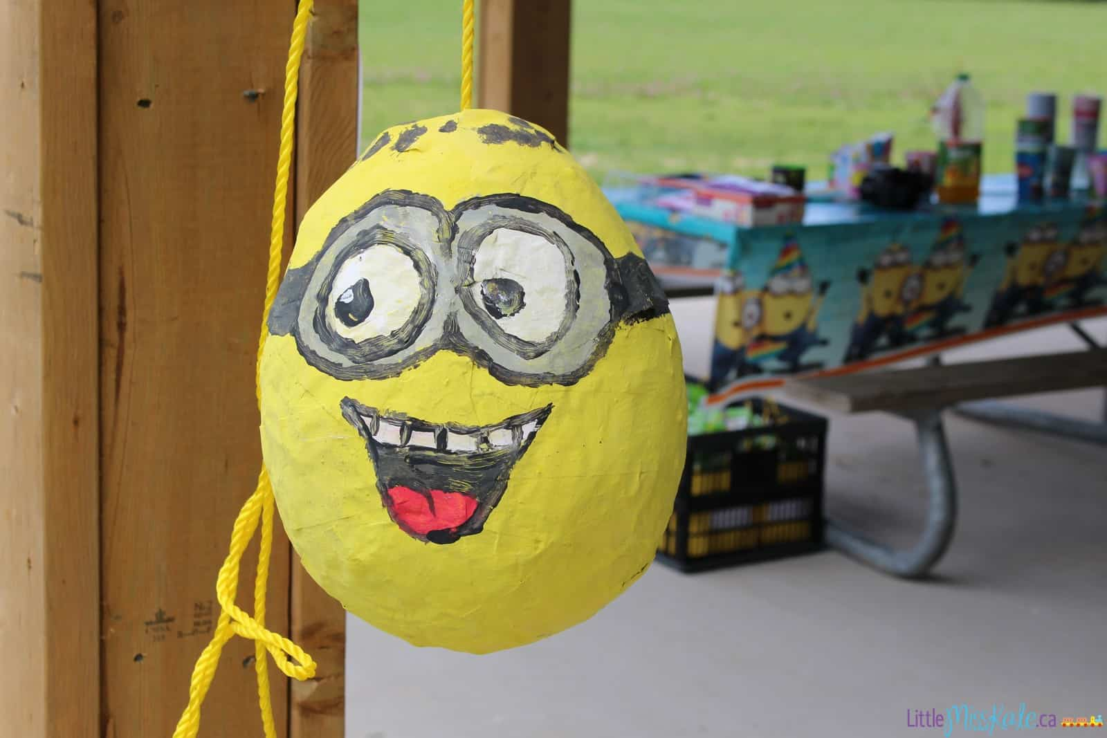 Minion Mania – Minion Birthday Party Ideas: Food, decorations, games and more!