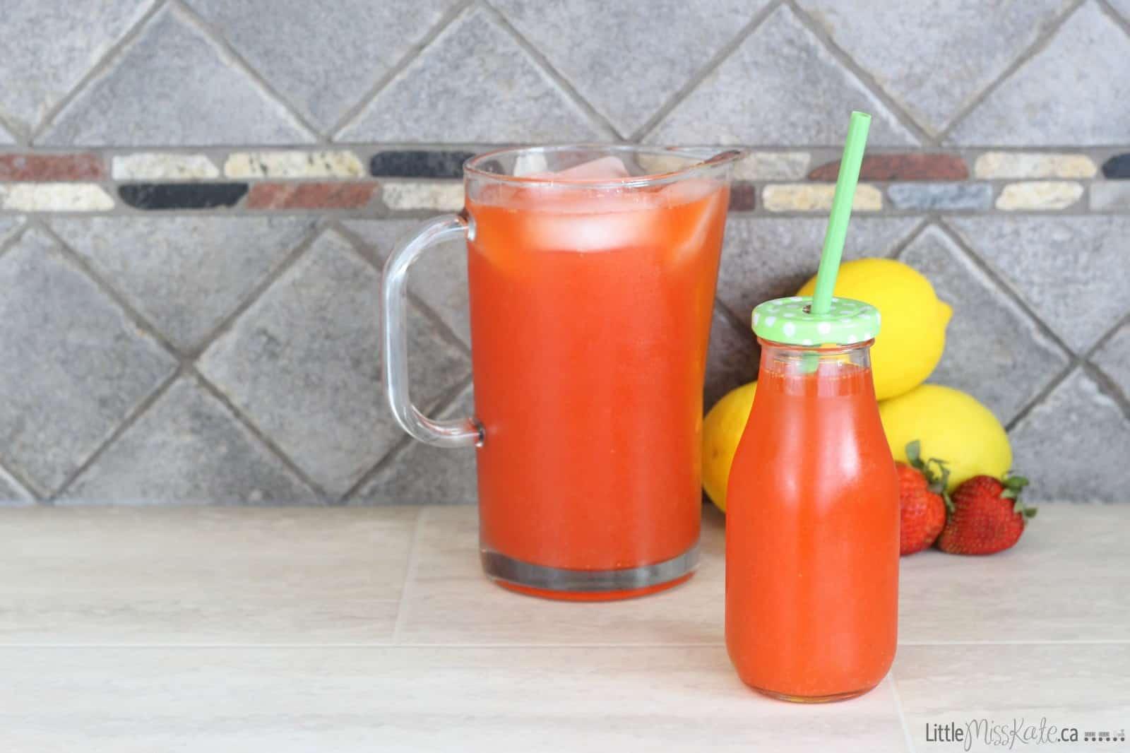 Easy Homemade Strawberry Lemonade Recipe