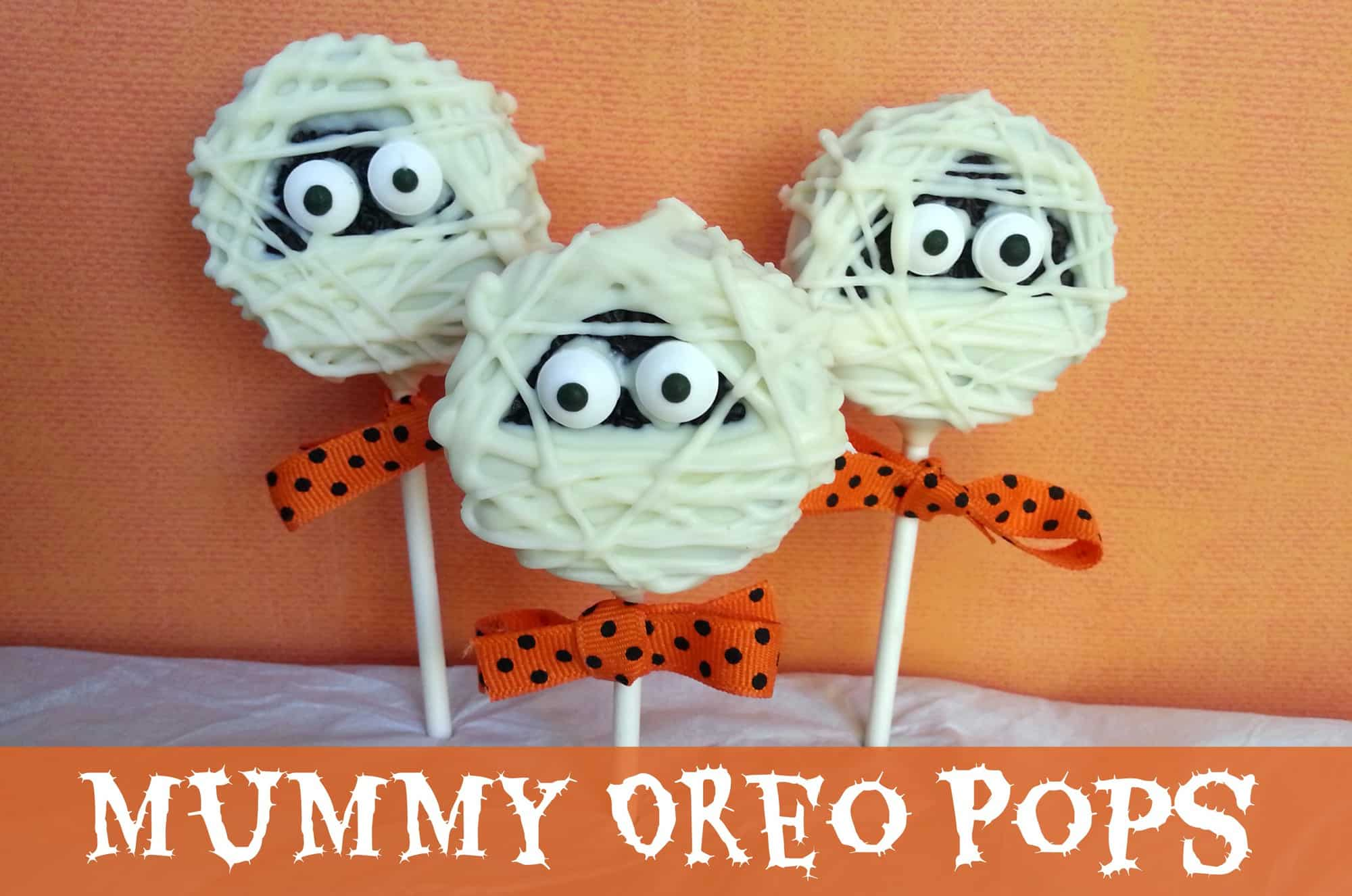 Easy Halloween Treats: Mummy Oreo Pops Recipe
