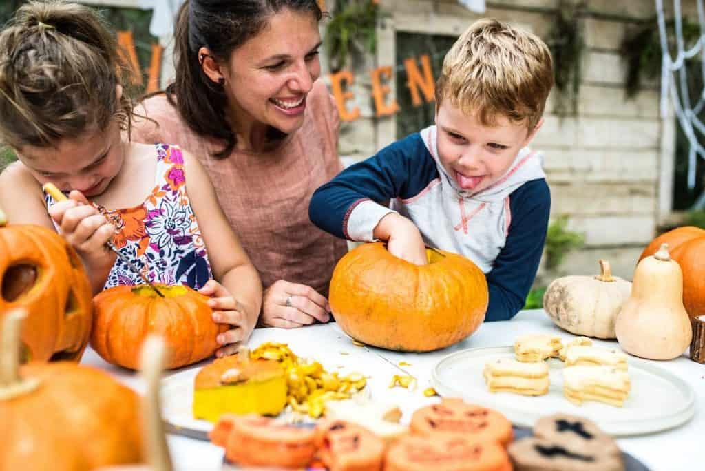 pumpkin parent and tot