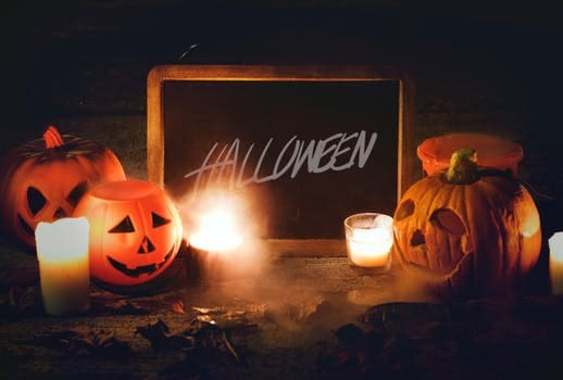 Five Fun Halloween Ideas for Under Five – Activities, Apparel, and Crafts