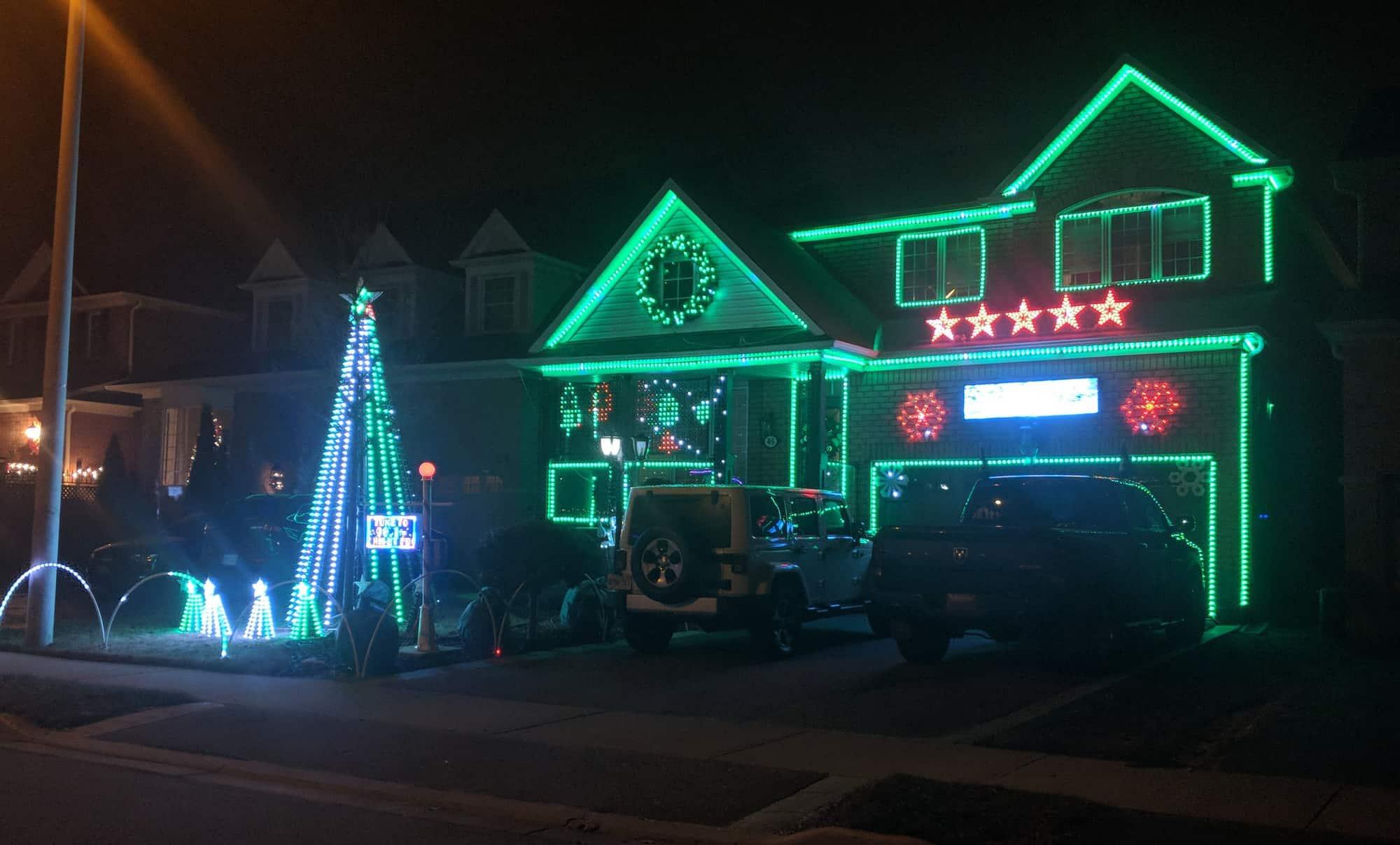 Best Christmas Light Displays in Brampton