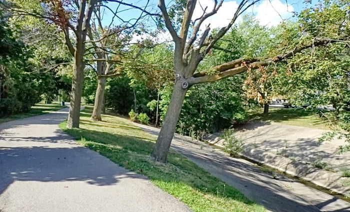 Stroller Friendly Trails in Brampton