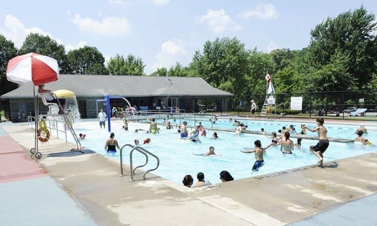 Outdoor Pools in Milton
