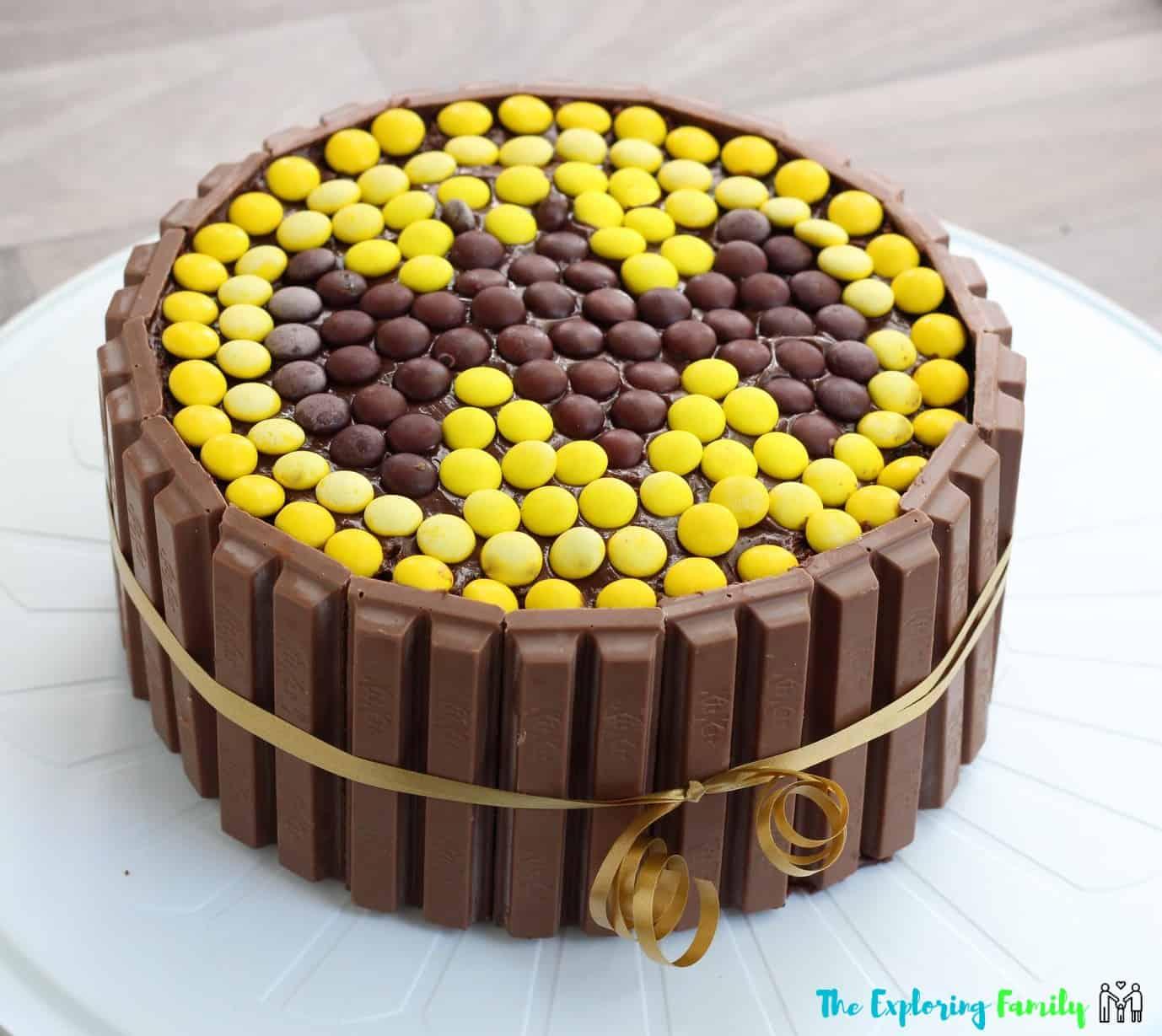 How to Make a Simple Batman Birthday Cake